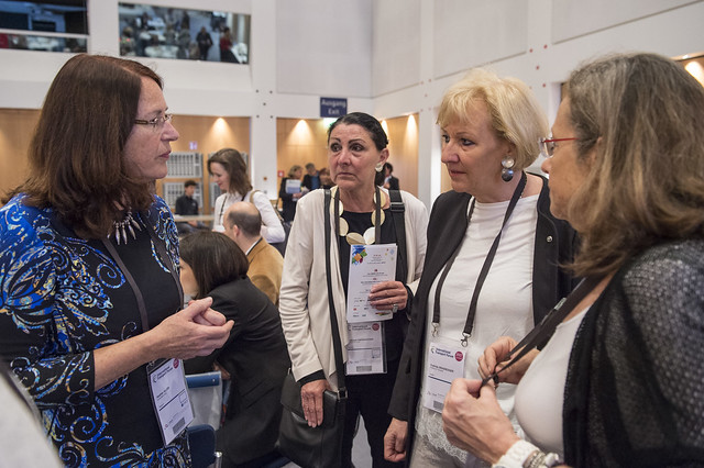 Heather Allen discussing with Gertraud Oberzaucher and Evelinde Grassegger