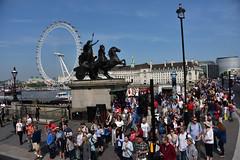 Turning onto Westminster Bridge (schwerdf) Tags: britishisles countyhall england eyeoflondon london