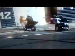Assalto a mão armada agora cedo em Uberaba. (portalminas) Tags: assalto mão armada agora cedo em uberaba