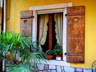 Le finestre di Mergozzo (3)