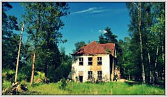 Once upon a time..... (Rolf Brecher) Tags: lostplaces russenstadt vogelsang history geschichte