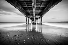 Boscombe pier (DST-photography) Tags: bournemouth uk boscombe england united kingdom beach pier long exposure black white bw epic lightroom adobe photoshop night photography d7100 sigma 1020mm wideangle wide 10mm tripod daan steinhaus dstphotography aviatioin