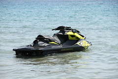 Watercraft (frankygoes.com) Tags: watercraft water sea untouched canoneos7d canon eos 7d efs18135mmf3556is efs 18135 mare moto dacqua acqua sole sun fun funny summer 400 riva racing race sport