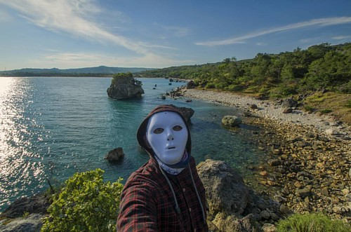 #kupang #adventure #landscaper #nature #adventure #beach #bajaklaut_id #sunsethunter #lensantt #earthfocus #tanahtimur #indonesia #nature #mask