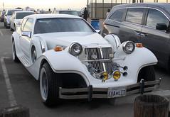 CMC Tiffany Classic (EVA-LIT) 5000cc - Venice Beach, Los Angeles 2016 (anorakin) Tags: classicmotorcarriages cmc tiffany tiffanyclassic cmctiffany 5000cc venice venicebeach losangeles 2016 evalit evastarlite