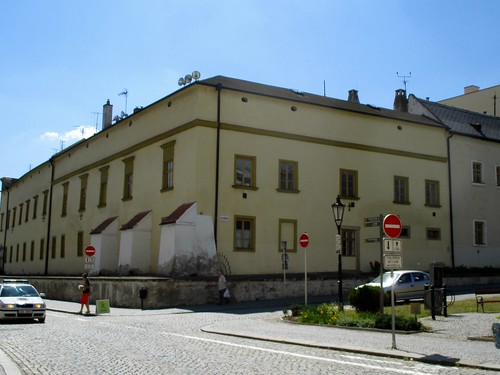 Pohled do ulic Sněmovní níměstí a Pilařova