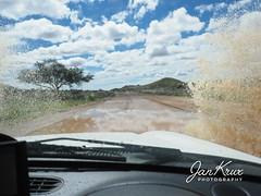 Namibia, Flooded Roads (jan-krux photography - thx for 2 Mio+ views) Tags: namibia africa afrika c24 remhoogte pass rain water wasser uberflutung jeep cherokee sport liberty 4x4 gravel unbefestigt dirtroad olympus em1 em1mkii safari travel reisen abenteuer adventure berge mountains fahren drive outdoor wild