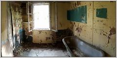 Baba Jaga's bathroom (Rolf Brecher) Tags: vogelsang hutofbabajaga russenstadt history geschichte