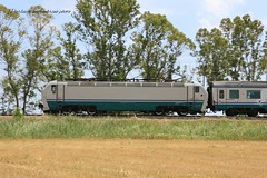 402b (Gigi1351) Tags: 402b xmpr profilo intercity roma taranto pannig velocità fs rotaia ginosamarina