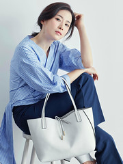 Untitled-1 (Dương Hyunjoo APRIL Lee Bo Young Bae Eun Yeong) Tags: bege leeboyoung bag 이보영