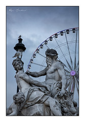 Mouettes parisiennes (Rémi Marchand) Tags: paris îledefrance statue jardin tuileries parc canon mark iii tamron 2470 mm 5d nicolas coustou sculpture sculpteur paysage urbain cityscape