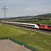 SBB Re 420 LION mit RABe 501 Giruno zwischen Wichtrach und Kiesen im Aaretal