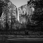 Yosemite National Park - Bridalveil Fall thumbnail