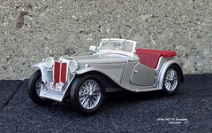 1948 MG TC Roadster (JCarnutz) Tags: 124scale diecast franklinmint 1948 mg tc roadster