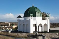 4Y4A4907 (francois f swanepoel) Tags: hoic ra voc architecture argitektuur dargha dutcheastindiacompany falsebay faure franklinkayekendallarchitect grave hajeesullaimanshahmahomed imaam imam islam koran kramat macassar masjid masjidnurullatief mazaar minaret moskee moslem mosque muizenberg muslim nurullatief presidentsoehartu quran radheallahoann sheihkyussuf sheikyussuf sjegyussuf valsbaai weskaap westerncape westerncapeadorn sirfredericdewaal abadintadiatjoessoep nephewofkingbisetofgoa kingbiset