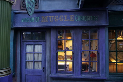 """Universal Studios, Florida: Museum of Muggle Curiosities • <a style=""""font-size:0.8em;"""" href=""""http://www.flickr.com/photos/28558260@N04/33907817804/"""" target=""""_blank"""">View on Flickr</a>"""