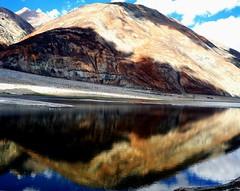 Pangong Lake 12 SF (Rajesh Bhalla) Tags: india leh ladakh himalayas lake pangonglake tsopangong mountains water river hills