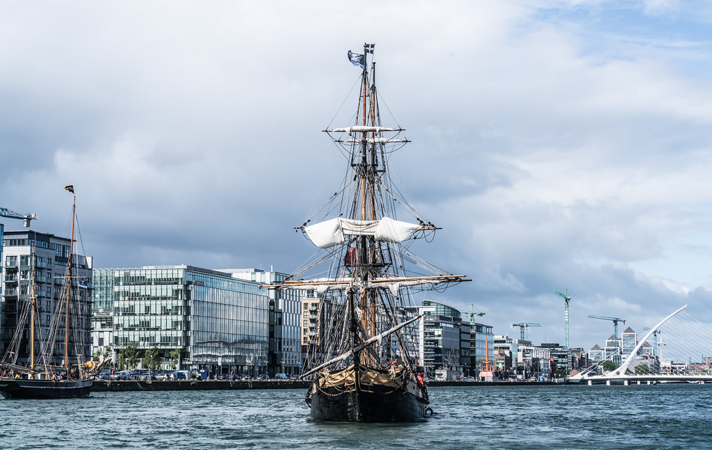 THE PHOENIX LEAVES DUBLIN PORT [DUE TO VISIT DROGHEDA LATER IN THE WEEK]-129430