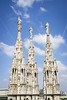 al cel (_perSona_) Tags: milan milano mila lombardia llombardia italia italy lombardy city ciudad ciutat duomo cathedral catedral spires agulles agujas estatuas statues estatues sky cel cielo chemtrail
