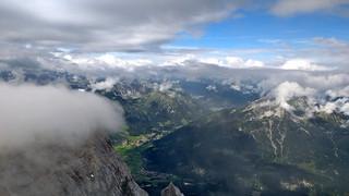 Zugspitze (2962m), Tirol - Austria   (103816746)