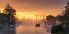 Dawn Mist on the Frome (Nick L) Tags: wareham dorset uk mist misty dawn landscape yachts boats reflection red dorsetmisty