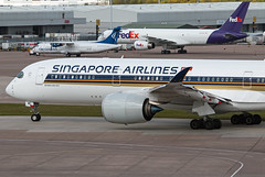 9V-SMC Singapore Airlines A350-900 (Centreline Photography) Tags: airport runway plane planes aeroplane aircraft planespotting canon aviation flug flughafen airliner airliners spotting spotters airplanes airplane flight manchester manchesterairport egcc man ringway rvp runway05r centrelinephotography chrishall aviationphotography