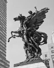 pegasus (victoria alada II) (andrés villela) Tags: pegasus pegaso escultura sculpture mexicocity bellas artes andresvillela