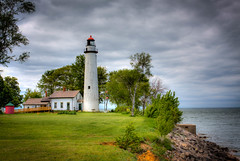 Pointe Aux Barques (mlopez7640) Tags: lighthouse lakehuron michigan pointeauxbarques shore 2017 hdr photomatix raw lakeshore lake spring greatlakes puremichigan coast m25