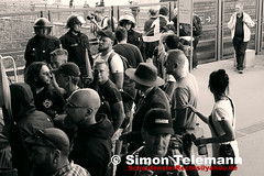 98 (SchaufensterRechts) Tags: identitärenbewegung berlin deutschland asylpolitik antifa afd bachmann pegida dresden demo demonstration gewalt neonazis rassismus repression polizei ifs solidarität bürgerbewegung nazifrei halle jn kaltland