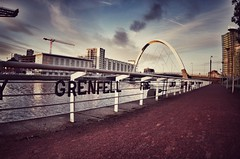 2 cities united (Dave Royton) Tags: glasgow 1017mm pentaxk30 grenfell