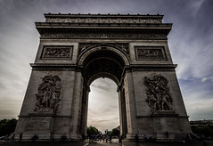 Imposing (Matthew Johnson1) Tags: 2017 june paris arcdetriomphe city history tourist arcdetriomphedelétoile champsélysées placecharlesdegaulle imposing nationalmonument france