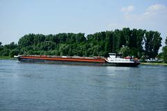 TMS ANNA (Lutz Blohm) Tags: tmsanna tankschiff rheinschifffahrt rhein binnenschifffahrt speyer binnenschiffe gütermotorschiff fluskilometer399 fe70300goss sonyalpha7aii