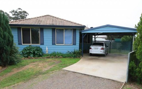 4 Grimes Close, Denman NSW 2328