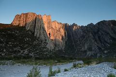Amanecer en la Huasteca (H. J. OROZCO) Tags: la huasteca nuevo leon monterrey montañas amanecer baño de sol landscape dawn santa catarina sunrise