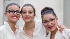 Pégoulade 5 - Nîmes 2017 (Xtian du Gard) Tags: japon japonaises niponnes nîmes pégoulade déguisement copines sourire smile unesco women girls white red etudiantes xtiandugard