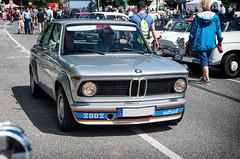 BMW 2002 turbo (Cosimo Damiano Mancini) Tags: bmw 2002 turbo kriegsbemalung peugeot 202 oldtimermeile citynord hamburg 2017 city nord oldtimer oldtimertreffen juni meile pentax treffen auto 02 e20 e 20