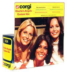 1978 Charlie's Angels Corgi Van - back with Cheryl Ladd, Kate Jackson and Jaclyn Smith (Tom Simpson) Tags: charliesangels vintage television toy toys vintagetoys 1978 1970s van car cherylladd katejackson jaclynsmith
