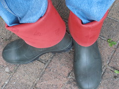 DUNLOP      Purofort   D        do groen  114 (stevelman14) Tags: dunlop purofort donkergroenrood laarzen diepomgeslagenranden schoon poseren