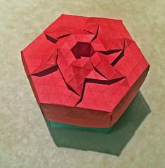 Diamond crown tessellation box (mganans) Tags: origami tessellation box