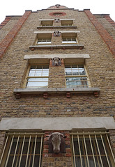 The Rookery, St Peters Lane, London - Side Facade (surreyblonde) Tags: buildings architecture london uk brickwork londonskyline bygone sony a6000 therookery smithfields stpeterslane market hotel cattle skulls oldlondon