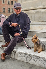 Q1008822 (sswee38823) Tags: littledog dog portrait man lucca luccaitaly tuscana tuscany italy italy2017 city europe vacation travel leica leicam leicamtype240 leicacamera aposummicron50mmf2 aposummicron aposummicron50 aposummicronm1250asph apo summicron50mmapo summicron50mm summicron leicaapo502 leicaaposummicronm50mmf2asphfle leicaaposummicronm50mmf2asph leicaaposummicronm50mmasph 50aposummicron leica50apo 50mm 50 seansweeneyphotographer seansweeney
