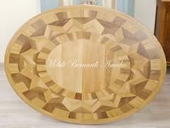 Tavolo ovale intarsiato bicolore (Mobili Bernardi Amedeo) Tags: 160x120 bicolore gambetornite intarsio rovere tavoloallungabile tavoloovale mobiliclassici mobilibernardiamedeo arredamentoinstile