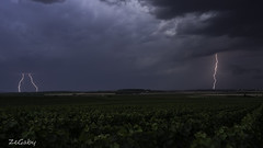 Surrounded (ZeGaby) Tags: champagne foudre landscape orages pentaxk1 pentax35mm storm thunderstorm vineyards ludes grandest france fr