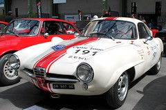 #191 Alfa Roméo Giulietta Sprint Speciale 1961 (seb !!!) Tags: berlinette coupé coach italie italy italienne italian italia classique classic klassic chrome blanc blanche white blanco branco bianco weiss bande strip streifen tira striscia rouge red rosso rojo vermelho rot 2017 auto automobile automovel automovil automobil canon 1100d cars course sportive anciennes ancienne old oldtimers populaire paris france seb voiture wagen car tour optic 2000 grand palais race racing competition photo picture foto image bild imagen imagem