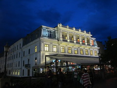 John Scott's Palace lit at dusk, Gothenburg, Sweden (Paul McClure DC) Tags: gothenburg göteborg sweden sverige july2015 hotel historic architecture