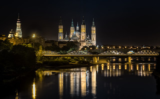 Noche sobre el Ebro