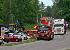 Trucks (Linnea from Sweden) Tags: canon eos 1100d efs 55250mm f456 is ii excavator truck machinery car vehicle road