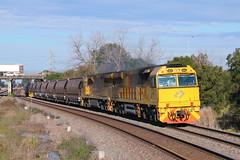 IMG_8720 5044 5037 Tarro BW959 3.7.17 (Brians Railway Collection) Tags: 5044 5037 5020class 5040class bw959 aurizon coal tarro nsw newsouthwales trains railway railroad locomotive hopper