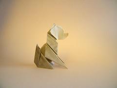 Seated Dog - Edwin Corrie (Rui.Roda) Tags: origami papiroflexia papierfalten chien cão cachorro pero assis sentado seated dog edwin corrie