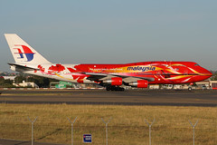 Malaysia Airlines Boeing 747-4H6 9M-MPD (Mark Harris photography) Tags: spotting yssy canon sydney plane aviation 747 boeing